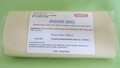 MARZIPAN CAKES 500 g -   Sin gluten / Gluten-free / Sans Gluten / Senza Glutine / Sem glúten    Premium quality marzipan (almonds and sugar only). Security of working with a product that fulfils all hygiene and quality requirements. Ready-to-use product, no handling whatsoever required.    USES:  Soft, white marzipan with a slightly bitter taste, perfect for coating cakes. Ideal for forming shapes out of marzipan and for all types of pastry preparations for baking.    CONSERVATION:  Store in a cool, dry place. KEEP THE BAG CLOSED and stored in a plastic container for better storage.    ADVANTAGES:  A traditional product made from almonds and sugar. White and smooth, with a slightly bitter taste; ideal for coating cakes. Spreads easily. It has a delicate texture and remains firm after being kneaded and spread. Can be coloured and mixed with fondant.   GLUTEN-FREE  Productos Kelmy