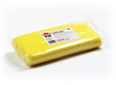 Fondant YELLOW LEMON 1 kg -   Sin gluten / Gluten-free / Sans Gluten / Senza Glutine / Sem glúten     USES:  Used for coating cakes and moulding shapes, including flowers, by adding a small amount of CMC to obtain a firmer texture.    CONSERVATION:  Store in a cool, dry place at room temperature. Keep away from sunlight. KEEP THE BAG CLOSED. Keeps very well in cold temperatures and in summer heat. Does not dry out when stored in plastic film and placed inside a covered plastic container.  Expiry date : 15 months from the date of packaging. Use before the date printed on the container.    ADVANTAGES :  Smooth, even texture . Pliable and stretchy.  Does not crack  and can be easily shaped.  Is not sticky  and can be kneaded as often as required.  Does not stick  to cutters or to plastic surfaces. A  wide range of colours . The colours are very bright and do not fade after the container is opened or after multiple uses. Has a mild  vanilla scent . Excellent taste; all of the colours taste of vanilla rather than sugar.  Soft without being gooey  or grainy.    INSTRUCTIONS FOR USE:      Should be handled preferably on a plastic surface. The use of icing sugar is not required as Kelmy fondant does not stick to this surface.   Thoroughly knead the Kelmy fondant by hand until it is soft and smooth.           NUTRITION INFORMATION    Per 100 g       ENERGY   1630/384 (kj/kcal)       FAT   3,2 g       OF WHICH SATURATES   1,6 g       CARBOHYDRATE   89 g       OF WHICH SUGARS   77 g       PROTEIN   0,5 g       SALT   0,1 g          Amount of Sugar Paste required to coat a cake  Estimate based on 10 cm high by 5 cm wide portions.             How much fondant do I need?         Size of Cake     Round Cakes    Portions    Square Cakes    Portions       15 cm   500 g   12   750 g   18       18 cm   750 g   17   1 kg   26       20 cm   1 kg   20   1,250 kg   32       23 cm   1,250 kg   30   1,500 kg   38       25 cm   1,500 kg   34   1,750 kg   46       28 cm   1,750 kg   40   2 kg