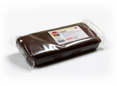 Fondant BROWN 1 Kg -   Sin gluten / Gluten-free / Sans Gluten / Senza Glutine / Sem glúten     USES:  Used for coating cakes and moulding shapes, including flowers, by adding a small amount of CMC to obtain a firmer texture.    CONSERVATION:  Store in a cool, dry place at room temperature. Keep away from sunlight. KEEP THE BAG CLOSED. Keeps very well in cold temperatures and in summer heat. Does not dry out when stored in plastic film and placed inside a covered plastic container.  Expiry date : 15 months from the date of packaging. Use before the date printed on the container.    ADVANTAGES :  Smooth, even texture . Pliable and stretchy.  Does not crack  and can be easily shaped.  Is not sticky  and can be kneaded as often as required.  Does not stick  to cutters or to plastic surfaces. A  wide range of colours . The colours are very bright and do not fade after the container is opened or after multiple uses. Has a mild  vanilla scent . Excellent taste; all of the colours taste of vanilla rather than sugar.  Soft without being gooey  or grainy.    INSTRUCTIONS FOR USE:      Should be handled preferably on a plastic surface. The use of icing sugar is not required as Kelmy fondant does not stick to this surface.   Thoroughly knead the Kelmy fondant by hand until it is soft and smooth.           NUTRITION INFORMATION    Per 100 g       ENERGY   1630/384 (kj/kcal)       FAT   3,2 g       OF WHICH SATURATES   1,6 g       CARBOHYDRATE   89 g       OF WHICH SUGARS   77 g       PROTEIN   0,5 g       SALT   0,1 g          Amount of Sugar Paste required to coat a cake  Estimate based on 10 cm high by 5 cm wide portions.             How much fondant do I need?         Size of Cake     Round Cakes    Portions    Square Cakes    Portions       15 cm   500 g   12   750 g   18       18 cm   750 g   17   1 kg   26       20 cm   1 kg   20   1,250 kg   32       23 cm   1,250 kg   30   1,500 kg   38       25 cm   1,500 kg   34   1,750 kg   46       28 cm   1,750 kg   40   2 kg   60  