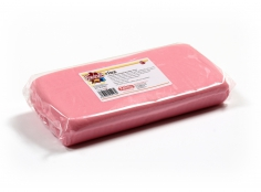 Fondant PINK 1 Kg -   Sin gluten / Gluten-free / Sans Gluten / Senza Glutine / Sem glúten     USES:  Used for coating cakes and moulding shapes, including flowers, by adding a small amount of CMC to obtain a firmer texture.    CONSERVATION:  Store in a cool, dry place at room temperature. Keep away from sunlight. KEEP THE BAG CLOSED. Keeps very well in cold temperatures and in summer heat. Does not dry out when stored in plastic film and placed inside a covered plastic container.  Expiry date : 15 months from the date of packaging. Use before the date printed on the container.    ADVANTAGES :  Smooth, even texture . Pliable and stretchy.  Does not crack  and can be easily shaped.  Is not sticky  and can be kneaded as often as required.  Does not stick  to cutters or to plastic surfaces. A  wide range of colours . The colours are very bright and do not fade after the container is opened or after multiple uses. Has a mild  vanilla scent . Excellent taste; all of the colours taste of vanilla rather than sugar.  Soft without being gooey  or grainy.    INSTRUCTIONS FOR USE:      Should be handled preferably on a plastic surface. The use of icing sugar is not required as Kelmy fondant does not stick to this surface.   Thoroughly knead the Kelmy fondant by hand until it is soft and smooth.           NUTRITION INFORMATION    Per 100 g       ENERGY   1630/384 (kj/kcal)       FAT   3,2 g       OF WHICH SATURATES   1,6 g       CARBOHYDRATE   89 g       OF WHICH SUGARS   77 g       PROTEIN   0,5 g       SALT   0,1 g          Amount of Sugar Paste required to coat a cake  Estimate based on 10 cm high by 5 cm wide portions.             How much fondant do I need?         Size of Cake     Round Cakes    Portions    Square Cakes    Portions       15 cm   500 g   12   750 g   18       18 cm   750 g   17   1 kg   26       20 cm   1 kg   20   1,250 kg   32       23 cm   1,250 kg   30   1,500 kg   38       25 cm   1,500 kg   34   1,750 kg   46       28 cm   1,750 kg   40   2 kg   60   